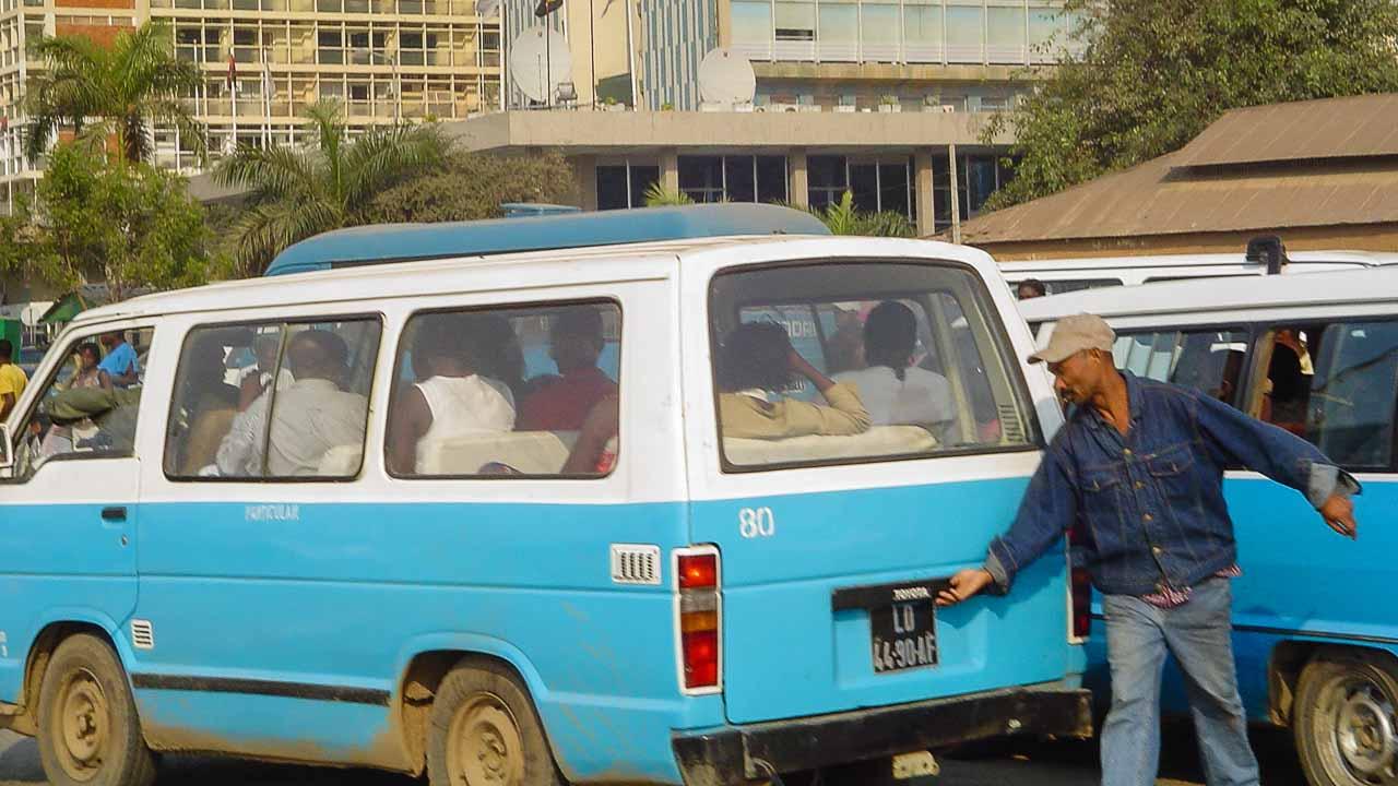 taxi-luanda