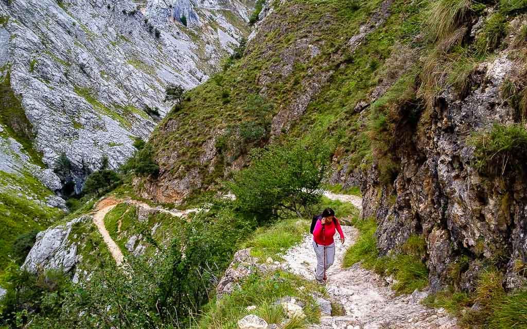 bulnes-picos-de-europa-trekking-vagamundos-11
