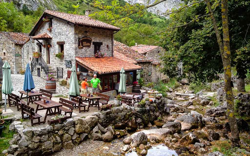 bulnes-picos-de-europa-trekking-vagamundos-13