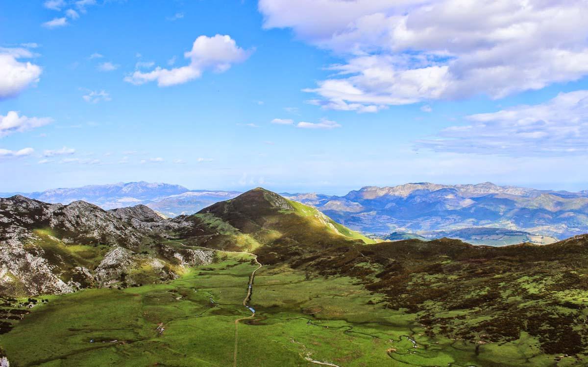 lagos-de-covadonga-picos-de-europa-trekking-vagamundos-5