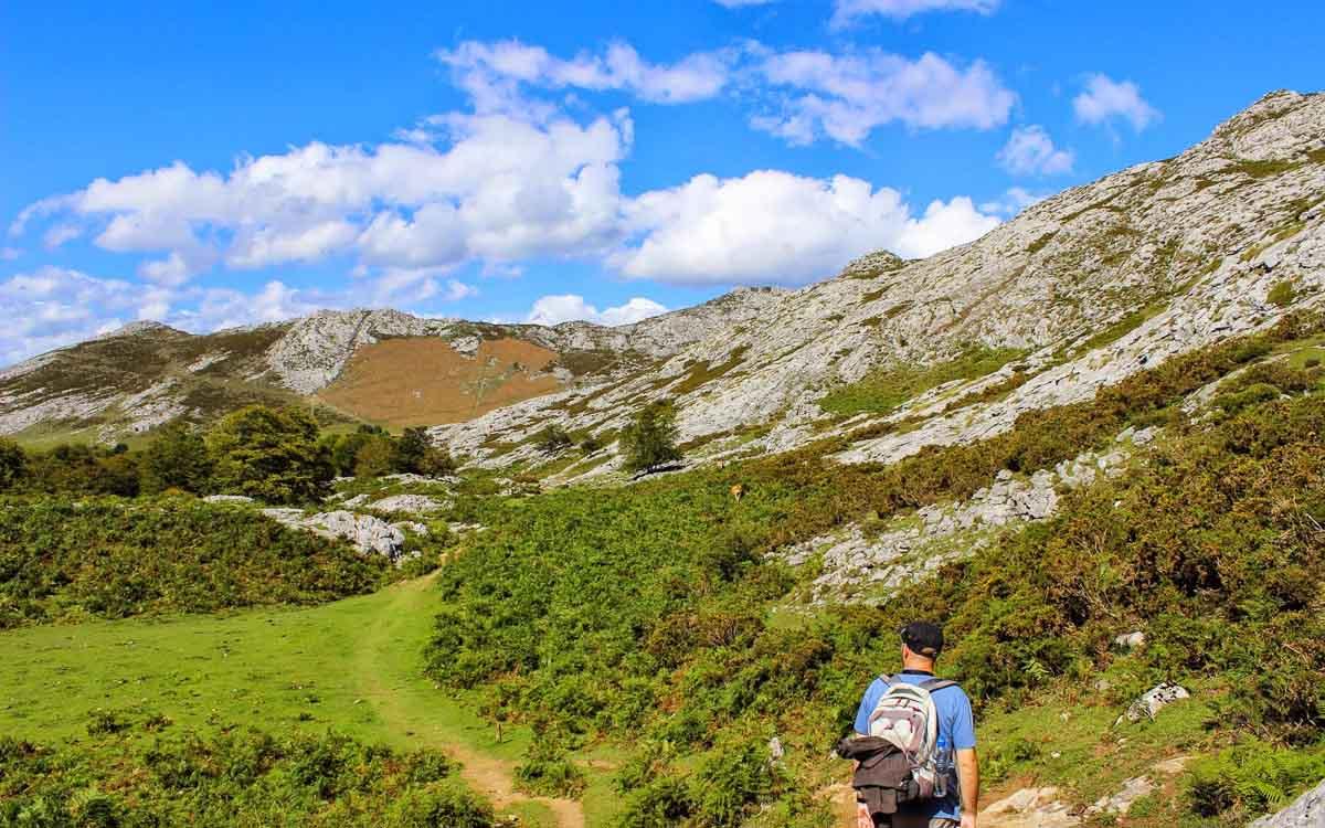 lagos-de-covadonga-picos-de-europa-trekking-vagamundos-13