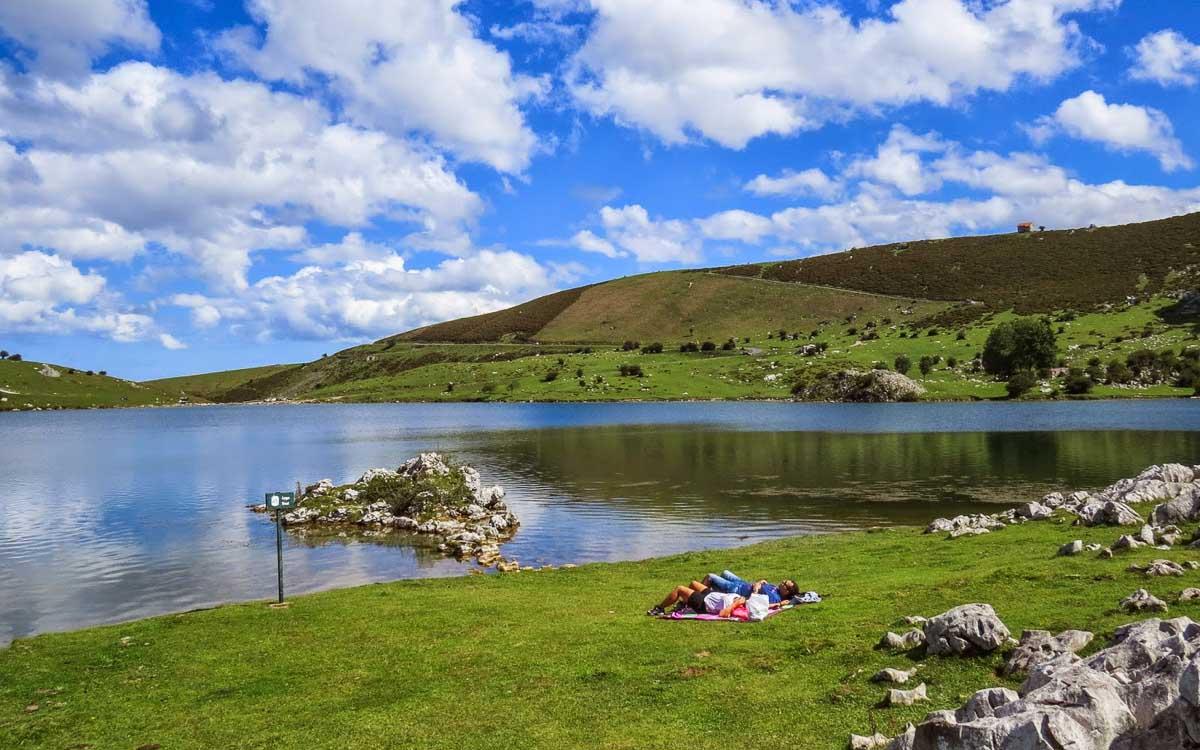 lagos-de-covadonga-picos-de-europa-trekking-vagamundos-15