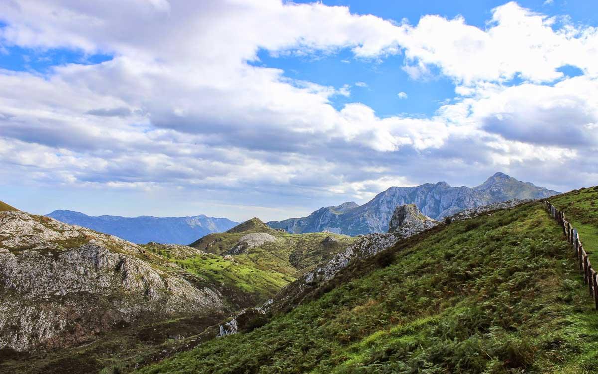 lagos-de-covadonga-picos-de-europa-trekking-vagamundos-4