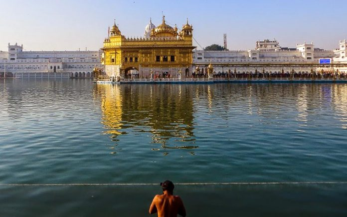top-10-india-amritsar-templo-dourado