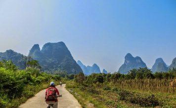 biking-around-yangshuo-china