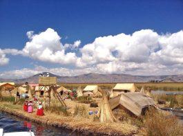 floating-islands-uros-titicaca