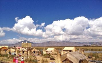 floating-islands-uros-titicaca