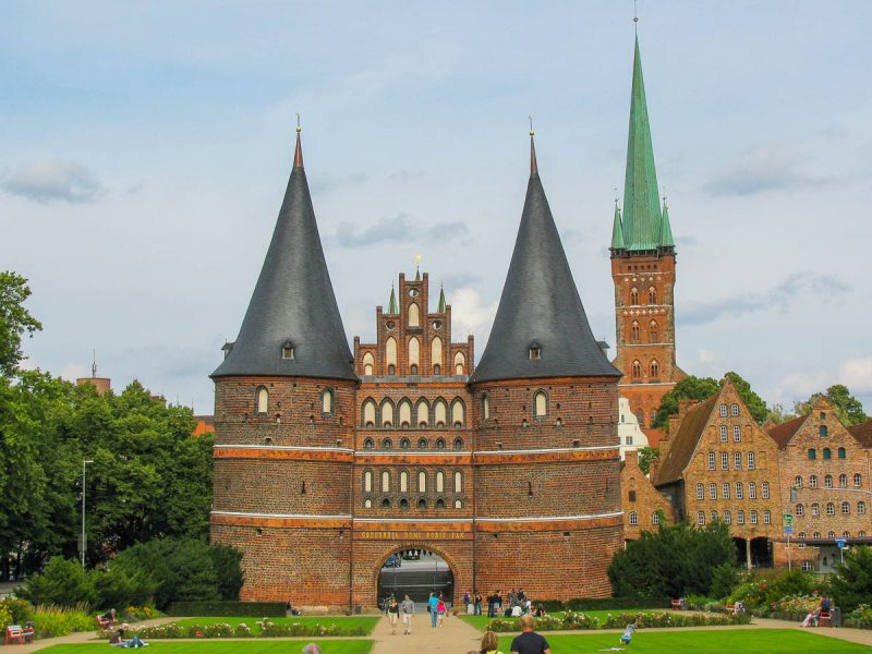 lubeck-holstentor