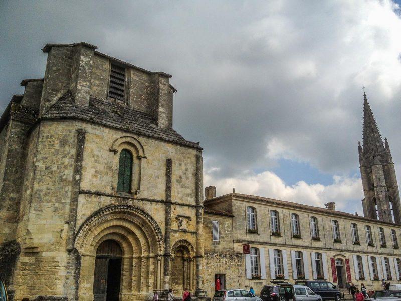 saint-emilion-eglise-collegiale
