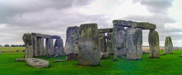 stonehenge-by-vagamundos