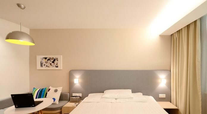 hotel barato