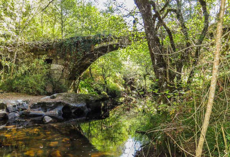 Lalín ponte dos cabalos aldeia de parada