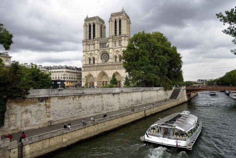 visitar-paris-catedral-notre-dame-de-paris