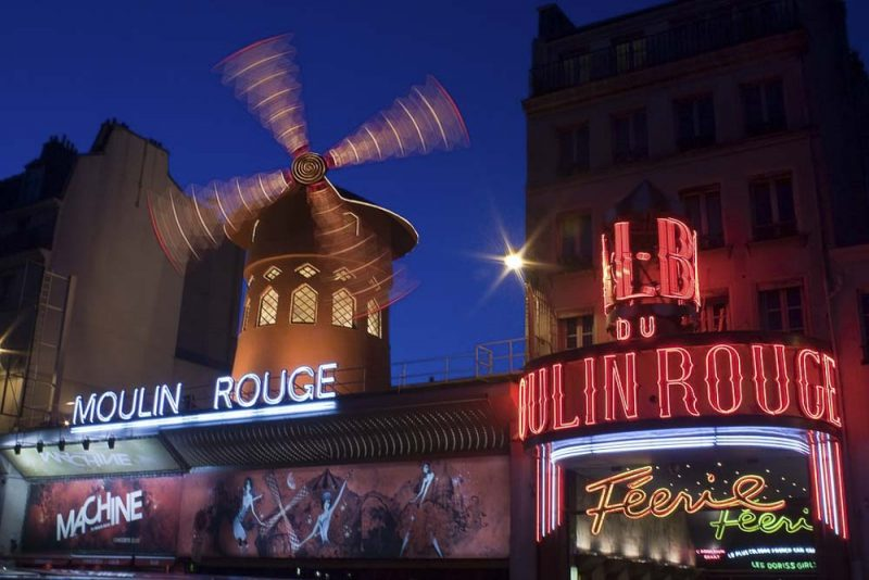visitar-paris-moulin-rouge-pigalle