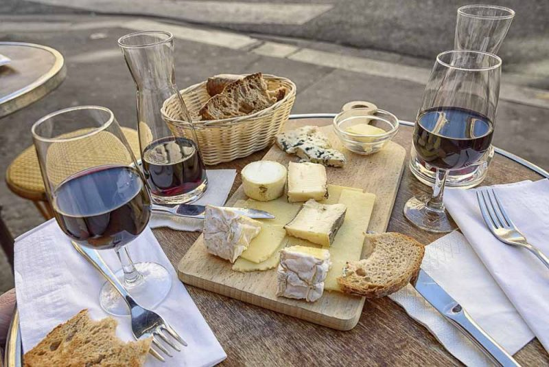 visitar-paris-queijos-e-vinhos-franceses