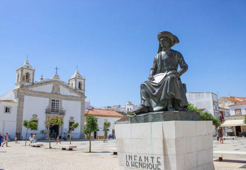 Praça Infante Dom Henrique