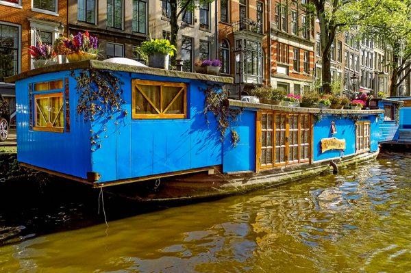 Casa flutuante em Amesterdão