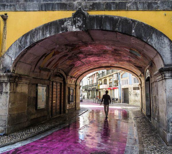 lisboa-vida-noturna-pink-street