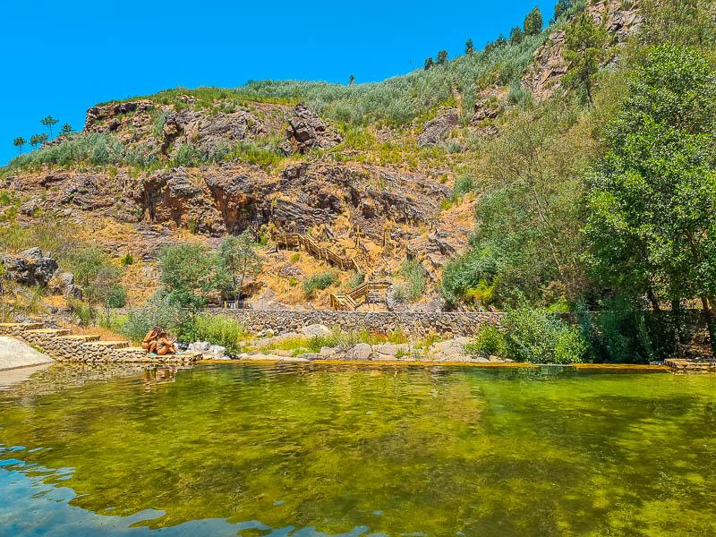 Praia Fluvial e Cascata do Penedo Furado | Passadiços: o paraíso escondido em Vila de Rei