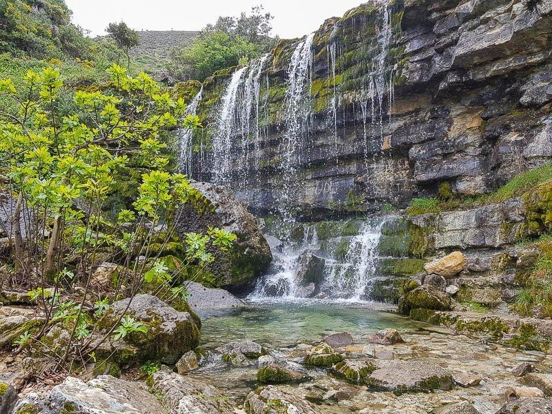 Cascata do ribeiro da Fórnea - Serras de Aire e Candeeiros