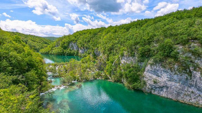 Lagos de Plitvice | Cróacia: como visitar, trilhos e dicas de viagem