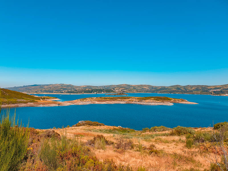 Visitar Vilarinho de Negrões | Montalegre: a península encantada do Alto Rabagão