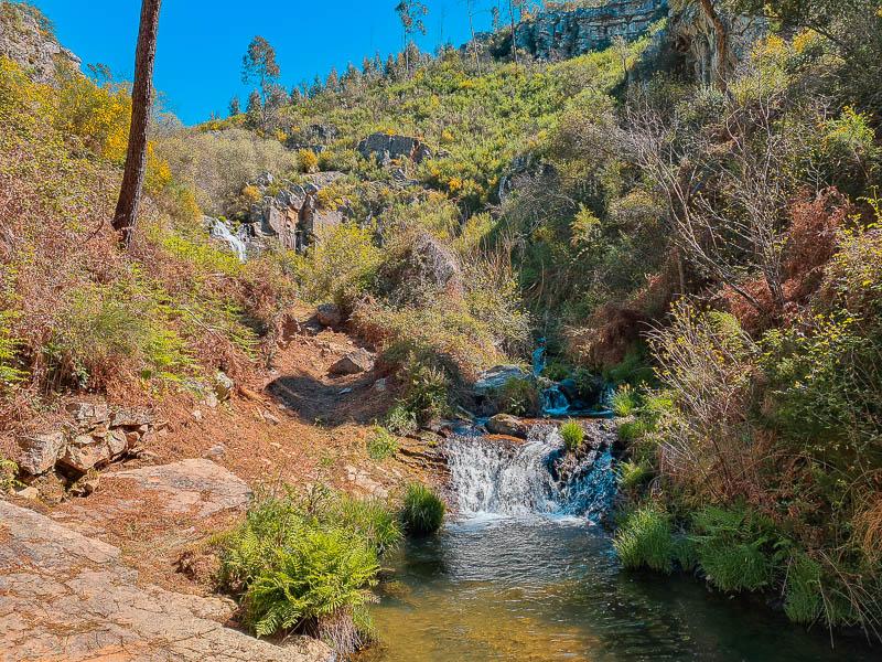 O paraíso não pode andar muito longe disto - Trilho das Cascatas