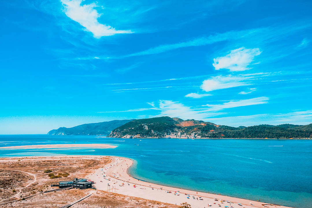 Melhores Praias de Setúbal: como ir visitar, mapa e onde ficar